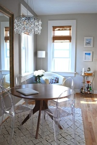Home Staging with Acrylic Furniture